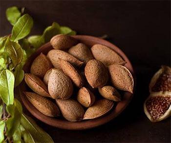 Top 4 Sleep Inducing Food - Dry Fruits